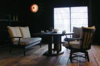 J-caimタモ材のダイニングテーブル